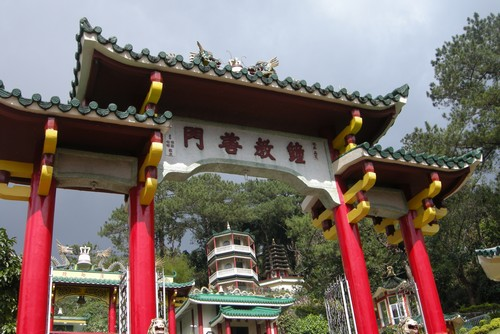 120227-chinese_temple_baguio_002
