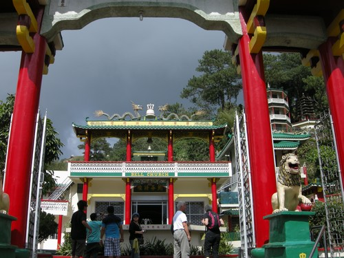 120227-chinese_temple_baguio_003