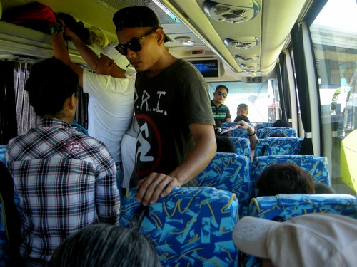 150214-141122-camiguin-return-trip-ceres-bus-012